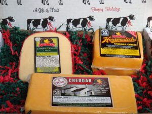 Maple Leaf 3-Cheese Gift Box