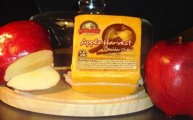 Apple Harvest Cheddar 8oz